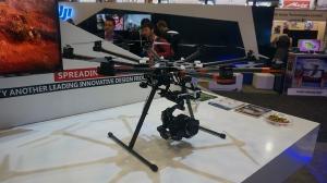 注重航拍体验 DJI两款遥控飞机机亮相CES2014