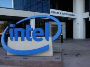 英特尔向InfiniBand正式宣战 互联技术对决一触即发