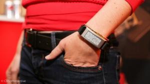 联想发布Vibe Band VB10智能手环 进入可穿戴领域
