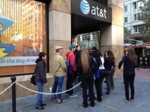 """AT&T下调其2GB""""移动数据共享计划""""价格"""