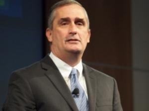 英特尔CEO:专注于数据中心相邻业务