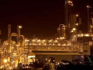互联网+石油石化 我国开展智能石化建设