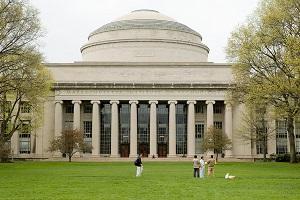麻省理工学院 CDO 论坛:首席数据官探险大数据时代。