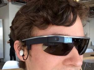 美警方测试谷歌眼镜 或借图像识别获取信息
