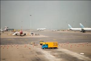 摩托罗拉系统:保障机场通信畅通 TETRA数字集群坐阵
