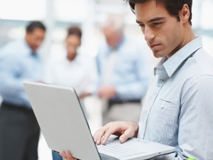 千兆Wi-Fi是否真正有益于移动办公管理?
