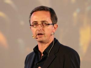 Facebook开源技术CTO John Kenevey:Facebook开源数据中心