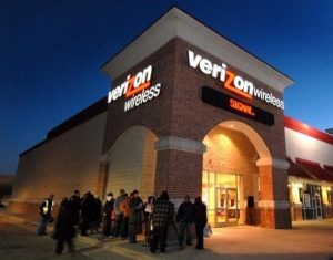 美国通信巨头Verizon宣布以44亿美元收购美国在线