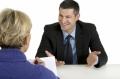 你不能同时讨好和评估求职者