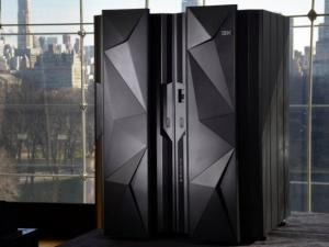 大型机仍在前行:IBM继续推出新产品