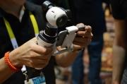 DJI发布手持云台 完美适配Inspire 1无人机的4K相机