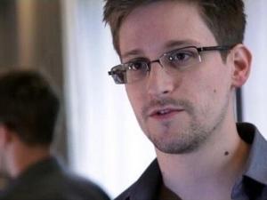 斯诺登:若想隐私安全 请弃用Dropbox、FB和谷歌