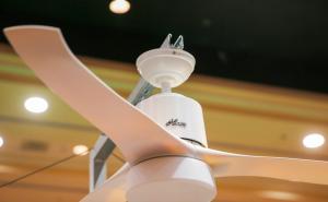 Hunter Fan在CES 2016展示智能吊扇 支持苹果HomeKit