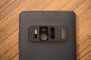 华硕ZenFone AR:在一个手机上提供Google Tango和Daydream VR