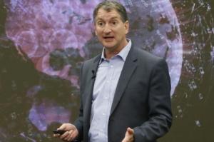 AMD公司CTO谈7纳米工艺芯片堆栈技术