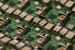 软银公司发布预测:截至2040年ARM将推出1万亿块物联网芯片