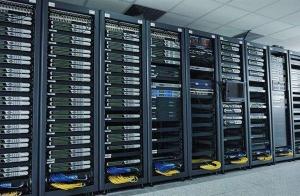 严苛测试标准成就华为服务器高可靠、低故障的未来