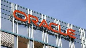 "Oracle推""业界首发""的云融合存储服务"