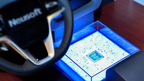 汽车智能化的第一步 从智能驾驶舱开始