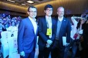 世界冠军柯洁尝试新招法 三番棋首局惜败 AlphaGo