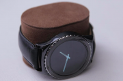 SAMSUNGGear S2智能手表将有3个版本 电池续航时间2-3天