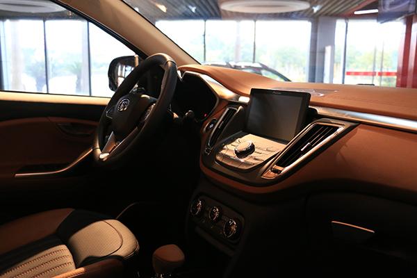 """东南汽车:用智能化制造系统打造""""看得见""""的生产线"""
