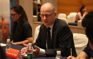 国际刑警组织:打击网络数字犯罪需全球协作