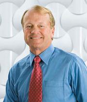 约翰·钱伯斯(John Chambers)辞去思科公司执行主席职务