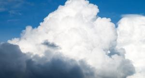 微软Azure在云基础设施市场份额几乎翻番