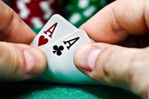 """人工智能新算法DeepStack挑战扑克 完美""""碾压""""人类智商"""