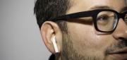 苹果AirPods上手:外观或许奇怪 但它们或将改变耳机市场
