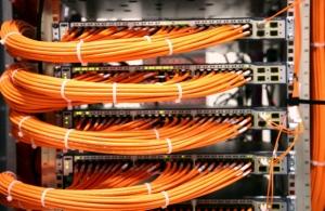 国产服务器成亮点 发展模式待转变