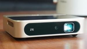 商务应急与家庭娱乐 中兴Spro2智能微投体验