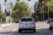 谷歌无人驾驶汽车与公交相撞 首次承担部分责任