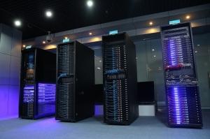 服务器机柜里面有乾坤――浪潮整机柜服务器SR4.5问世