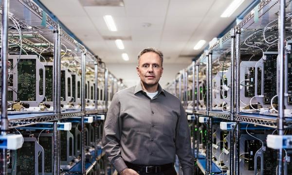 苹果A11 Bionic|AI能力为何这么强?来认识这个芯片背后的男人