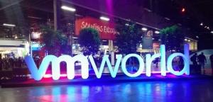 VMworld 2017开幕,像私有云一样部署和管理混合云