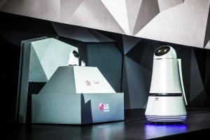 LG在CES 2017推出多款智能家居产品 支持Alexa语音助手