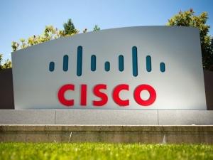 思科收购三家企业 涵盖数据分析、安全及云