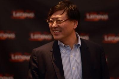 """杨元庆:联想每年百亿投向三个技术平台,经营层切换""""新OS"""""""