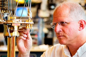 微软投数百万资金建实验室研发量子计算