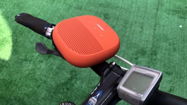 主打小巧、坚固、便携三要素 BOSE推SoundLink Micro蓝牙扬声器
