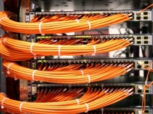 服务器数据丢失应如何正确应对?