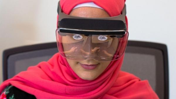 """99美元的Mira Prism旨在将iPhone变成一个""""迷你HoloLens"""""""