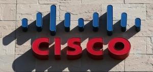 思科将技术团队拆分为四块:安全、物联网、云与网络