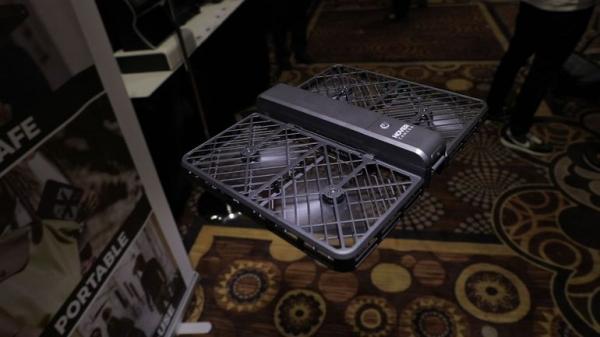 CES2017盘点(三):飞得更高!展会上的无人机