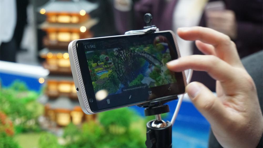 特别报道:旗舰手机和VR产品成MWC 2016主力