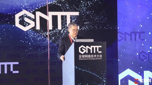 邬贺铨:中国要在推进IPv6部署的工作中作出应有的贡献。