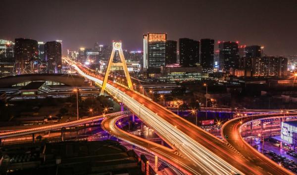 """新华三助成都高新区城市数字大脑建设 让蓉城变得无比""""巴适"""""""