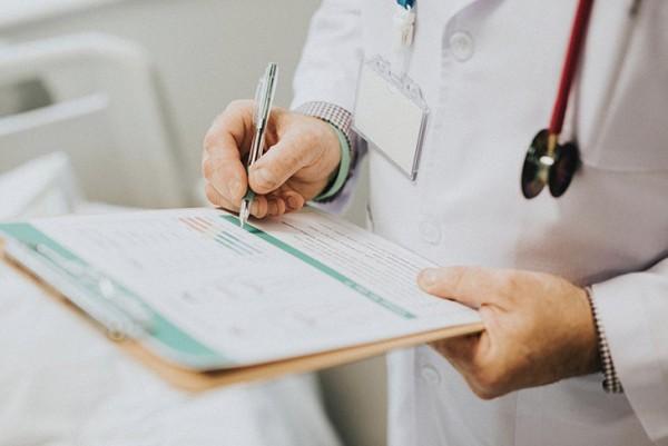 AI在西班牙疫情中立功,新冠患者死亡率降低一半